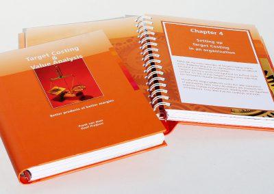 Targets boek F van Dam